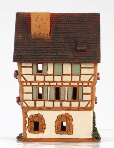 A252AR House in Colmar, France (Candle holder)