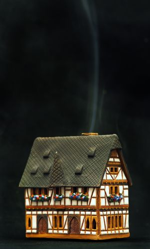 Incense Burner, Schotten Town Hall, Germany R232 11cm